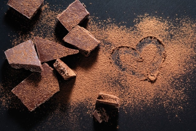 از خواص شکلات تلخ بخوانید!